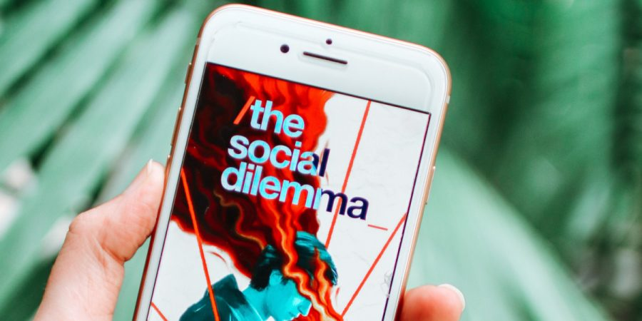The+Social+Dilemma+is+an+organization+that+raises+awareness+around+social+media+addiction